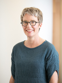 Associate Professor Sarah Bendall picture